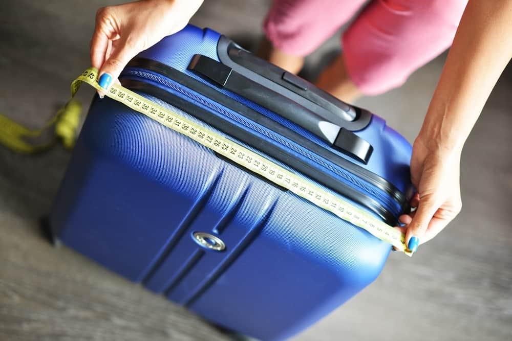 Koffer messen Breite