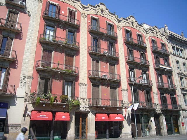 Museu del Modernisme Català, carrer Balmes, 48