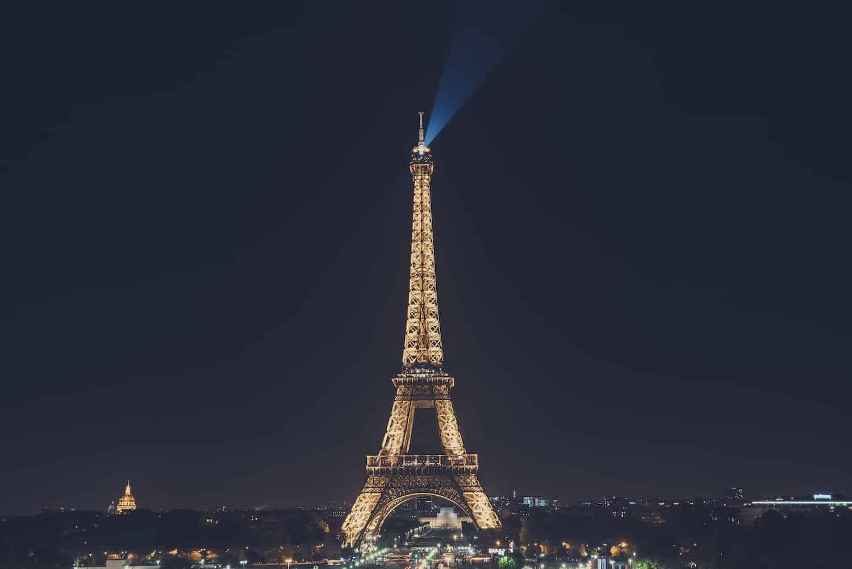 Eiffelturm Lichtershow Hero